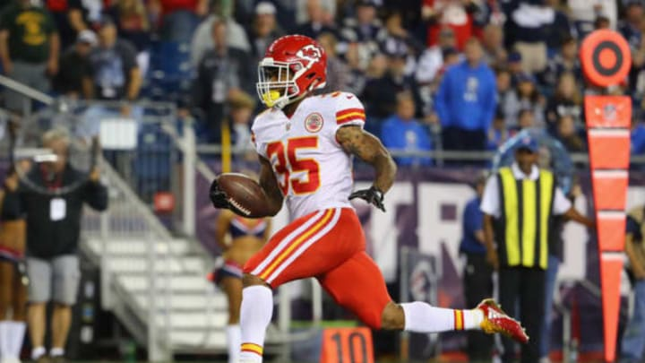 FOXBORO, MA – SEPTEMBER 07: Charcandrick West #35 of the Kansas City Chiefs rushes for a 21-yard touchdown during the fourth quarter against the New England Patriots at Gillette Stadium on September 7, 2017 in Foxboro, Massachusetts. (Photo by Adam Glanzman/Getty Images)