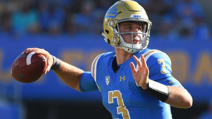 PASADENA, CA - SEPTEMBER 09: Josh Rosen #3 of the UCLA Bruins sets to pass in the fourth quarter of the game against the Hawaii Warriors at the Rose Bowl on September 9, 2017 in Pasadena, California. (Photo by Jayne Kamin-Oncea/Getty Images)