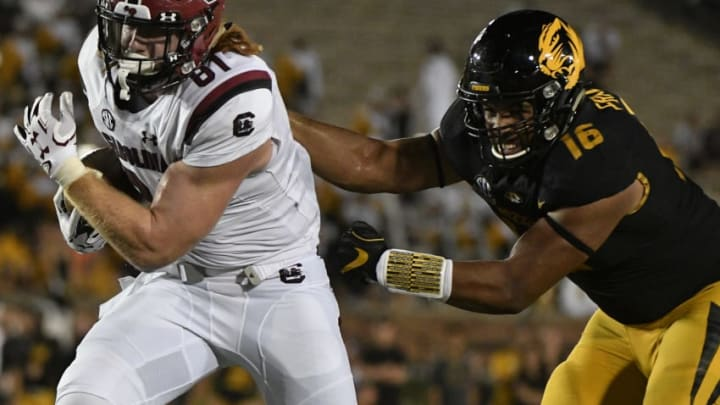COLUMBIA, MO - SEPTEMBER 9: Tight end Hayden Hurst #81 of the South Carolina Gamecocks gets past Marcell Frazier #16 of the Missouri Tigers as he goes in for a touchdown in the fourth quarter at Memorial Stadium on September 9, 2017 in Columbia, Missouri. (Photo by Ed Zurga/Getty Images)