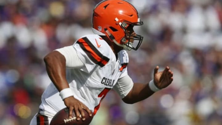 BALTIMORE, MD – SEPTEMBER 17: Quarterback DeShone Kizer #7 of the Cleveland Browns runs against the Baltimore Ravens in the four quarter at M&T Bank Stadium on September 17, 2017 in Baltimore, Maryland. (Photo by Patrick Smith/Getty Images)