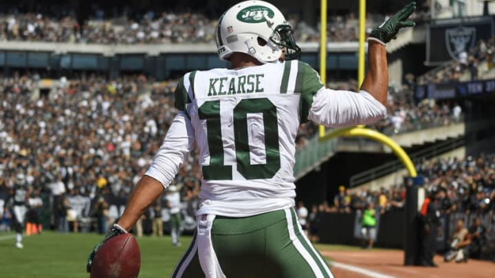 OAKLAND, CA - SEPTEMBER 17: Jermaine Kearse #10 of the New York Jets celebrates after scoring on a thirty four yard touchdown pass against the Oakland Raiders during the second quarter of their NFL football game at Oakland-Alameda County Coliseum on September 17, 2017 in Oakland, California. (Photo by Thearon W. Henderson/Getty Images)