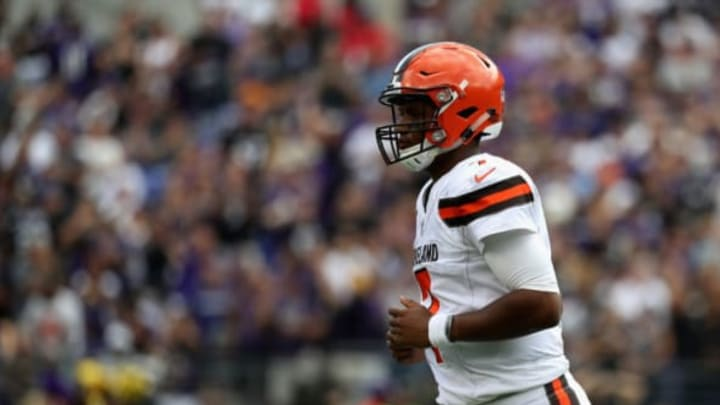 BALTIMORE, MD – SEPTEMBER 17: Quarterback DeShone Kizer #7 of the Cleveland Browns jogs off the field against the Baltimore Ravens at M&T Bank Stadium on September 17, 2017 in Baltimore, Maryland. (Photo by Rob Carr/Getty Images)