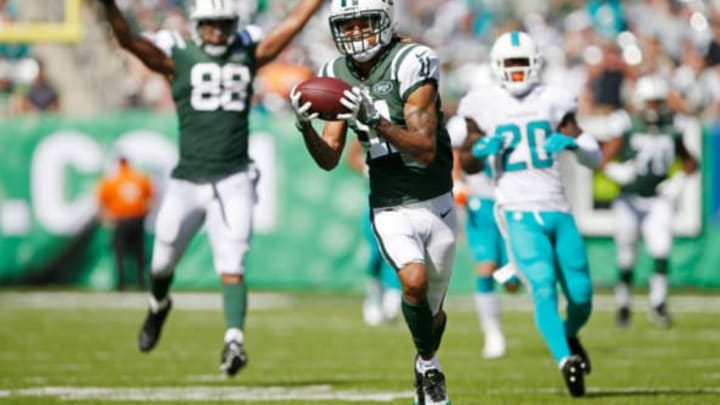 EAST RUTHERFORD, NJ – SEPTEMBER 24: Robby Anderson #11 of the New York Jets catches a touchdown pass against the Miami Dolphins during the first half of an NFL game at MetLife Stadium on September 24, 2017 in East Rutherford, New Jersey. (Photo by Rich Schultz/Getty Images)