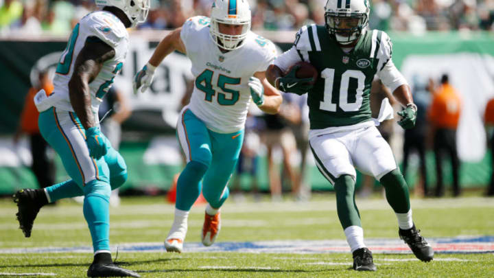 EAST RUTHERFORD, NJ - SEPTEMBER 24: Jermaine Kearse #10 of the New York Jets runs the ball against the Miami Dolphins during the first half of an NFL game at MetLife Stadium on September 24, 2017 in East Rutherford, New Jersey. (Photo by Rich Schultz/Getty Images)