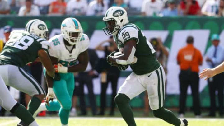 EAST RUTHERFORD, NJ – SEPTEMBER 24: Bilal Powell #29 of the New York Jets runs the ball against the Miami Dolphins during the second half of an NFL game at MetLife Stadium on September 24, 2017 in East Rutherford, New Jersey. The New York Jets defeated the Miami Dolphins 20-6. (Photo by Al Bello/Getty Images)