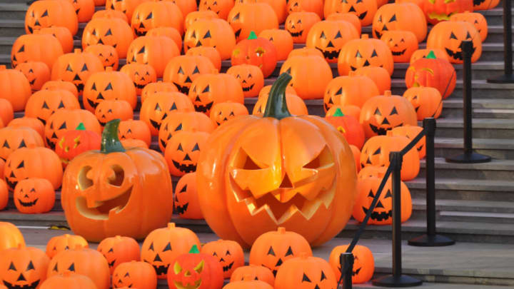 SHENYANG, CHINA - OCTOBER 30: (CHINA OUT) 500 pumpkin lanterns exhibit in the street on Halloween Day on October 30, 2015 in Shenyang, Liaoning Province of China. The Halloween day will fall on Saturday this year. (Photo by VCG/VCG via Getty Images)