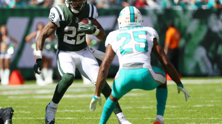 EAST RUTHERFORD, NJ - SEPTEMBER 24: Matt Forte #22 of the New York Jets runs against Xavien Howard #25 of the Miami Dolphins during the first half of an NFL game at MetLife Stadium on September 24, 2017 in East Rutherford, New Jersey. (Photo by Al Bello/Getty Images)