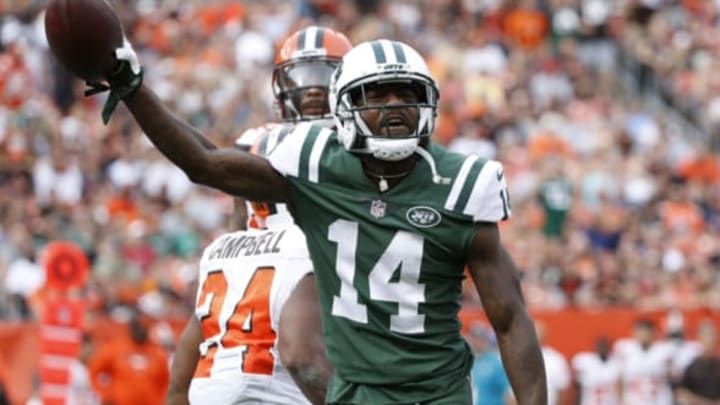 CLEVELAND, OH – OCTOBER 08: Jeremy Kerley #14 of the New York Jets celebrates a play in the second half against the Cleveland Browns at FirstEnergy Stadium on October 8, 2017 in Cleveland, Ohio. (Photo by Joe Robbins/Getty Images)