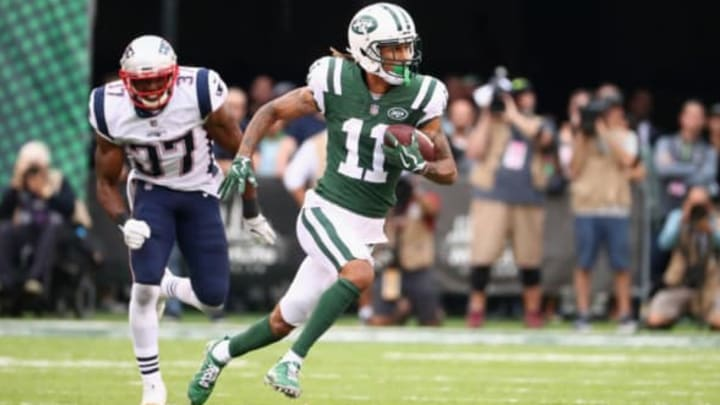 EAST RUTHERFORD, NJ – OCTOBER 15: Wide receiver Robby Anderson #11 of the New York Jets runs the ball against strong safety Jordan Richards #37 of the New England Patriots during the second half of their game at MetLife Stadium on October 15, 2017 in East Rutherford, New Jersey. The New England Patriots won 24-17. (Photo by Al Bello/Getty Images)