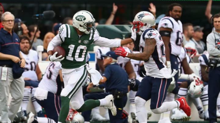 EAST RUTHERFORD, NJ - OCTOBER 15: Wide receiver Jermaine Kearse #10 of the New York Jets runs the ball against Patrick Chung #23 of the New England Patriots during the second half of their game at MetLife Stadium on October 15, 2017 in East Rutherford, New Jersey. The New England Patriots won 24-17.(Photo by Al Bello/Getty Images)