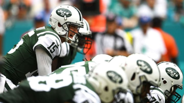 MIAMI GARDENS, FL - OCTOBER 22: Josh McCown #15 of the New York Jets during a game against the Miami Dolphins at Hard Rock Stadium on October 22, 2017 in Miami Gardens, Florida. (Photo by Rob Foldy/Getty Images)