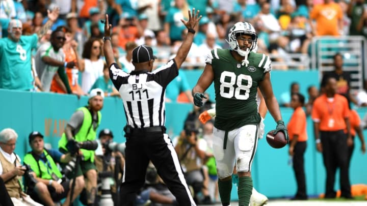 MIAMI GARDENS, FL - OCTOBER 22: Austin Seferian-Jenkins #88 of the New York Jets scores during the third quarter against the Miami Dolphins at Hard Rock Stadium on October 22, 2017 in Miami Gardens, Florida. (Photo by Rob Foldy/Getty Images)