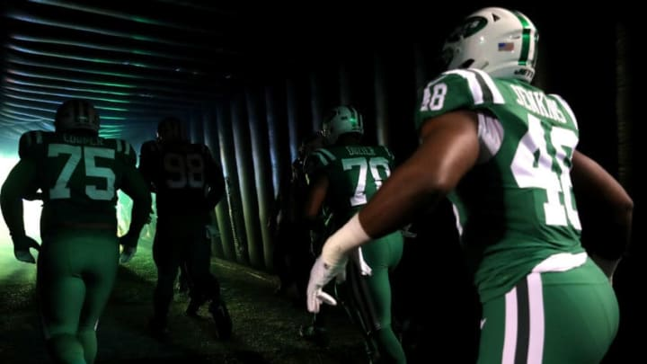 EAST RUTHERFORD, NJ - NOVEMBER 02: The New York Jets enter the field to take on the Buffalo Bills during their game at MetLife Stadium on November 2, 2017 in East Rutherford, New Jersey. (Photo by Abbie Parr/Getty Images)
