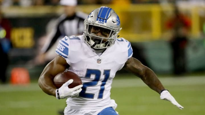 GREEN BAY, WI - NOVEMBER 06: Ameer Abdullah #21 of the Detroit Lions runs with the ball in the first quarter against the Green Bay Packers at Lambeau Field on November 6, 2017 in Green Bay, Wisconsin. (Photo by Jonathan Daniel/Getty Images)