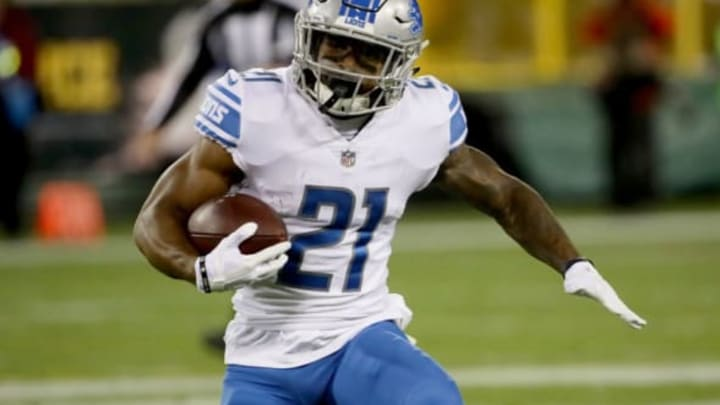 GREEN BAY, WI – NOVEMBER 06: Ameer Abdullah #21 of the Detroit Lions runs with the ball in the first quarter against the Green Bay Packers at Lambeau Field on November 6, 2017 in Green Bay, Wisconsin. (Photo by Jonathan Daniel/Getty Images)