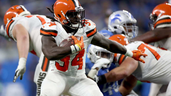 DETROIT, MI – NOVEMBER 12: Isaiah Crowell #34 of the Cleveland Browns runs the ball against the Detroit Lions during the third quarter at Ford Field on November 12, 2017 in Detroit, Michigan. (Photo by Gregory Shamus/Getty Images)