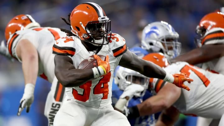 DETROIT, MI - NOVEMBER 12: Isaiah Crowell #34 of the Cleveland Browns runs the ball against the Detroit Lions during the third quarter at Ford Field on November 12, 2017 in Detroit, Michigan. (Photo by Gregory Shamus/Getty Images)
