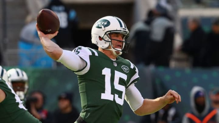 EAST RUTHERFORD, NJ - NOVEMBER 26: Quarterback Josh McCown #15 of the New York Jets passes against the Carolina Panthers during the first quarter of the game at MetLife Stadium on November 26, 2017 in East Rutherford, New Jersey. (Photo by Al Bello/Getty Images)