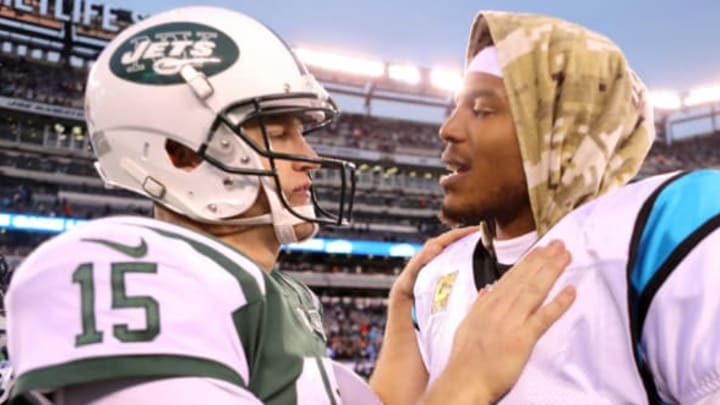 EAST RUTHERFORD, NJ – NOVEMBER 26:Josh McCown #15 of the New York Jets and Cam Newton #1 of the Carolina Panthers shake hands following the Panthers' 35-27 win at MetLife Stadium on November 26, 2017 in East Rutherford, New Jersey. (Photo by Abbie Parr/Getty Images)New York Je