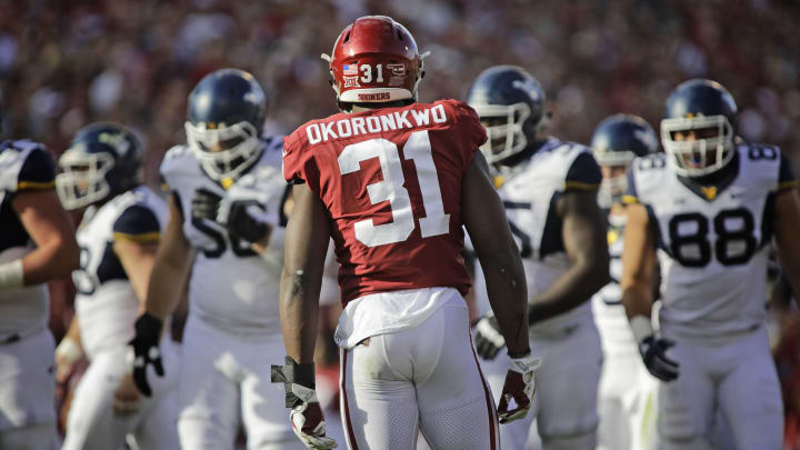 NORMAN, OK – NOVEMBER 25: Defensive end Ogbonnia Okoronkwo #31 of the Oklahoma Sooners lines up before a play against the West Virginia Mountaineers at Gaylord Family Oklahoma Memorial Stadium on November 25, 2017 in Norman, Oklahoma. Oklahoma defeated West Virginia 59-31. (Photo by Brett Deering/Getty Images)