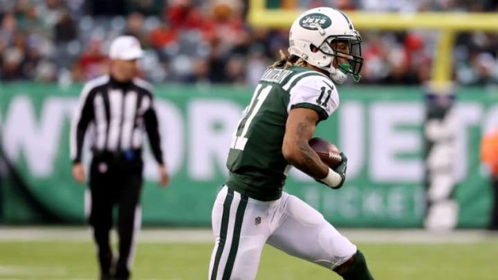 EAST RUTHERFORD, NEW JERSEY - DECEMBER 03: Robby Anderson #11 of the New York Jets carries the ball against the Kansas City Chiefs on December 03, 2017 at MetLife Stadium in East Rutherford, New Jersey.The New York Jets defeated the Kansas City Chiefs 38-31. (Photo by Elsa/Getty Images)