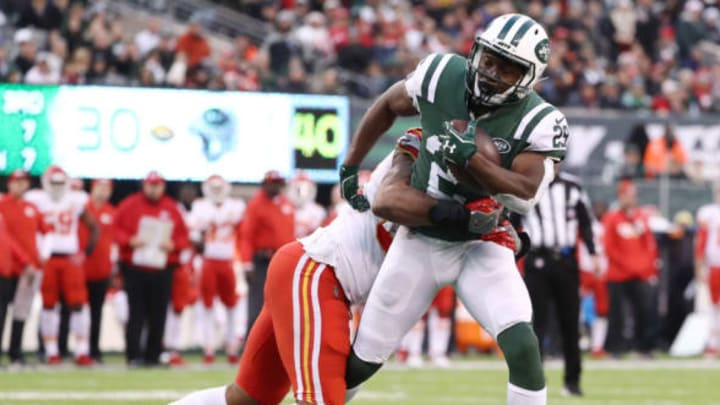 EAST RUTHERFORD, NEW JERSEY – DECEMBER 03: Bilal Powell #29 of the New York Jets carries the ball against the Kansas City Chiefs on December 03, 2017 at MetLife Stadium in East Rutherford, New Jersey.The New York Jets defeated the Kansas City Chiefs 38-31. (Photo by Elsa/Getty Images)