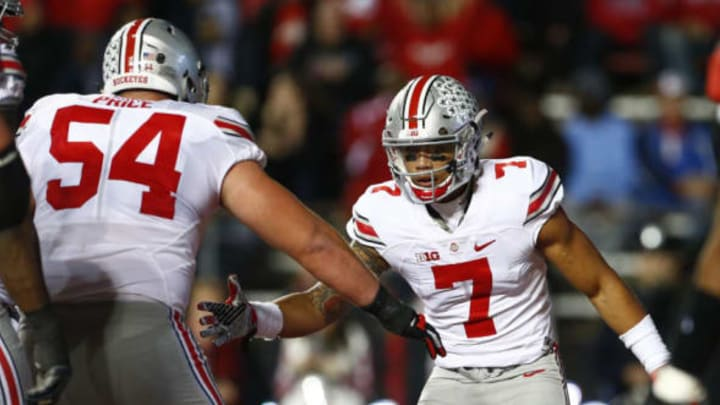 PISCATAWAY, NJ – OCTOBER 24: Jalin Marshall #7 of the Ohio State Buckeyes celebrates his touchdown with Billy Price #54 against the Rutgers Scarlet Knights during a game at High Point Solutions Stadium on October 24, 2015 in Piscataway, New Jersey. (Photo by Rich Schultz /Getty Images)