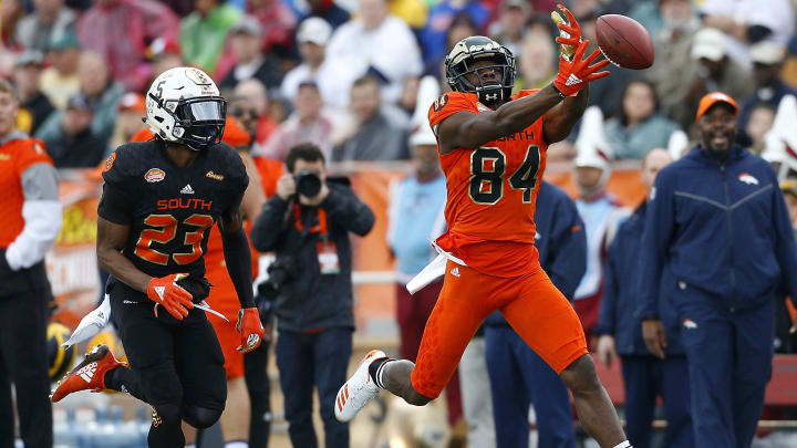MOBILE, AL – JANUARY 27: A ball falls out of reach for Michael Gallup #84 of the North team as D'montre Wade #23 of the South team defends during the first half of the Reese's Senior Bowl at Ladd-Peebles Stadium on January 27, 2018 in Mobile, Alabama. (Photo by Jonathan Bachman/Getty Images)