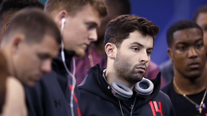 INDIANAPOLIS, IN – MARCH 03: Oklahoma quarterback Baker Mayfield looks on during the NFL Combine at Lucas Oil Stadium on March 3, 2018 in Indianapolis, Indiana. (Photo by Joe Robbins/Getty Images)