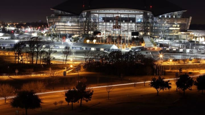 ARLINGTON, TX - JANUARY 26: A view of Cowboys Stadium at night on January 26, 2011 in Arlington, Texas. North Texas will host Super Bowl XLV between the Pittsburgh Steelers and the Green Bay Packers at Cowboys Stadium on February 6, 2011 in Arlington, Texas. (Photo by Ronald Martinez/Getty Images)