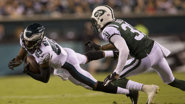 PHILADELPHIA, PA – AUGUST 30: Greg Ward #89 of the Philadelphia Eagles catches a pass against Derrick Jones #31 of the New York Jets in the second quarter during the preseason game at Lincoln Financial Field on August 30, 2018 in Philadelphia, Pennsylvania. (Photo by Mitchell Leff/Getty Images)