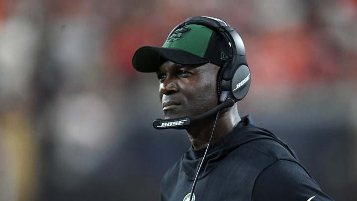 CLEVELAND, OH – SEPTEMBER 20: Head coach Todd Bowles of the New York Jets looks on during the third quarter against the Cleveland Browns at FirstEnergy Stadium on September 20, 2018 in Cleveland, Ohio. (Photo by Jason Miller/Getty Images)