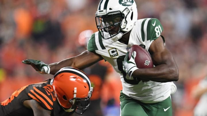 CLEVELAND, OH - SEPTEMBER 20: Quincy Enunwa #81 of the New York Jets carries the ball for a first down in front of Damarious Randall #23 of the Cleveland Browns during the first quarter at FirstEnergy Stadium on September 20, 2018 in Cleveland, Ohio. (Photo by Jason Miller/Getty Images)