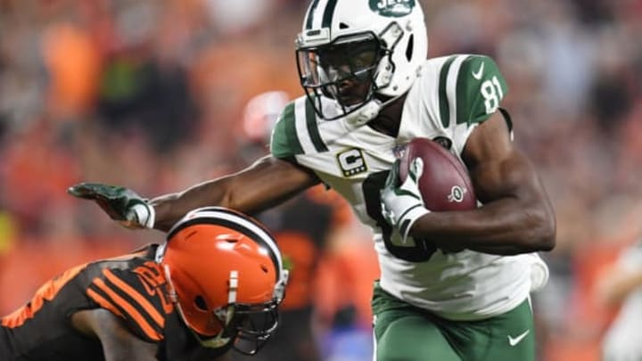 CLEVELAND, OH – SEPTEMBER 20: Quincy Enunwa #81 of the New York Jets carries the ball for a first down in front of Damarious Randall #23 of the Cleveland Browns during the first quarter at FirstEnergy Stadium on September 20, 2018 in Cleveland, Ohio. (Photo by Jason Miller/Getty Images)