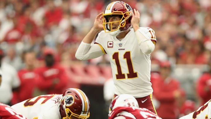 GLENDALE, AZ – SEPTEMBER 09: Quarterback Alex Smith #11 of the Washington Redskins calls a play during the NFL game against the Arizona Cardinals at State Farm Stadium on September 9, 2018 in Glendale, Arizona. (Photo by Christian Petersen/Getty Images)