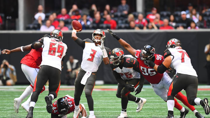 ATLANTA, GA – OCTOBER 14: Jameis Winston #3 of the Tampa Bay Buccaneers passes the ball during the second quarter against the Atlanta Falcons at Mercedes-Benz Stadium on October 14, 2018 in Atlanta, Georgia. (Photo by Scott Cunningham/Getty Images)
