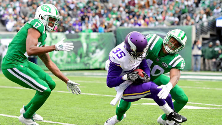 EAST RUTHERFORD, NJ - OCTOBER 21: Charone Peake #17 looks on as Trenton Cannon #40 of the New York Jets makes the tackle on Marcus Sherels #35 of the Minnesota Vikings on a punt return during the first quarter at MetLife Stadium on October 21, 2018 in East Rutherford, New Jersey. (Photo by Steven Ryan/Getty Images)