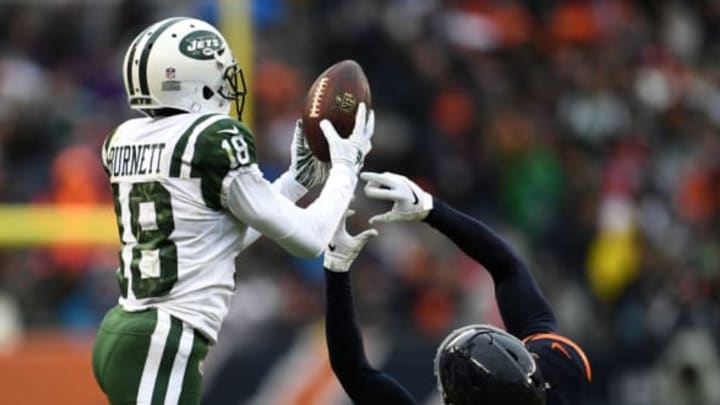 CHICAGO, IL – OCTOBER 28: Deontay Burnett #18 of the New York Jets catches the pass against Kyle Fuller #23 of the Chicago Bears in the fourth quarter at Soldier Field on October 28, 2018 in Chicago, Illinois. (Photo by Stacy Revere/Getty Images)
