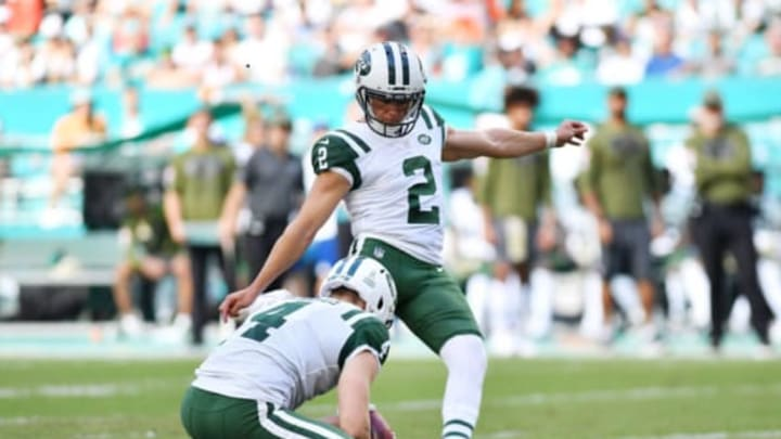 MIAMI, FL – NOVEMBER 04: Jason Myers #2 of the New York Jets kicks a field goal against the Miami Dolphins in the second quarter of their game at Hard Rock Stadium on November 4, 2018 in Miami, Florida. (Photo by Mark Brown/Getty Images)
