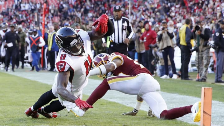 LANDOVER, MD – NOVEMBER 04: Julio Jones #11 of the Atlanta Falcons dives into the end zone for a 35-yard touchdown in the fourth quarter of the game against the Washington Redskins at FedExField on November 4, 2018 in Landover, Maryland. Atlanta won 38-14. (Photo by Joe Robbins/Getty Images)