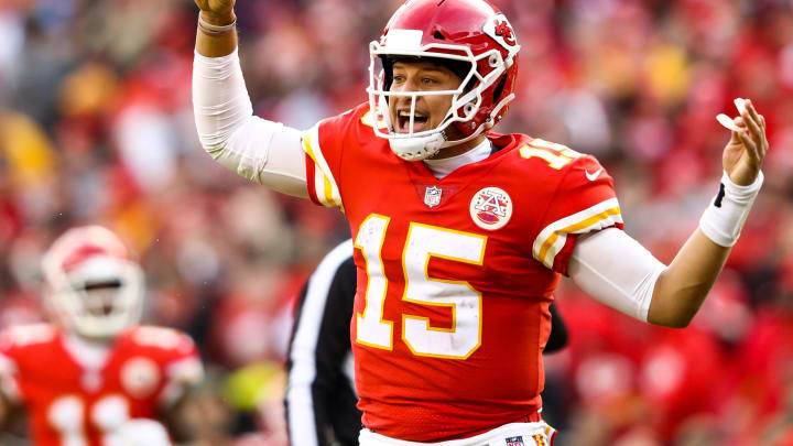 KANSAS CITY, MO – NOVEMBER 11: Patrick Mahomes #15 of the Kansas City Chiefs look to the sideline for a play during the second half of the game against the Arizona Cardinals at Arrowhead Stadium on November 11, 2018 in Kansas City, Missouri. (Photo by Jamie Squire/Getty Images)