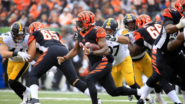 CINCINNATI, OH – OCTOBER 14: #28 of the Cincinnati Bengals runs with the ball against the Pittsburgh Steelers at Paul Brown Stadium on October 14, 2018 in Cincinnati, Ohio. (Photo by Andy Lyons/Getty Images)