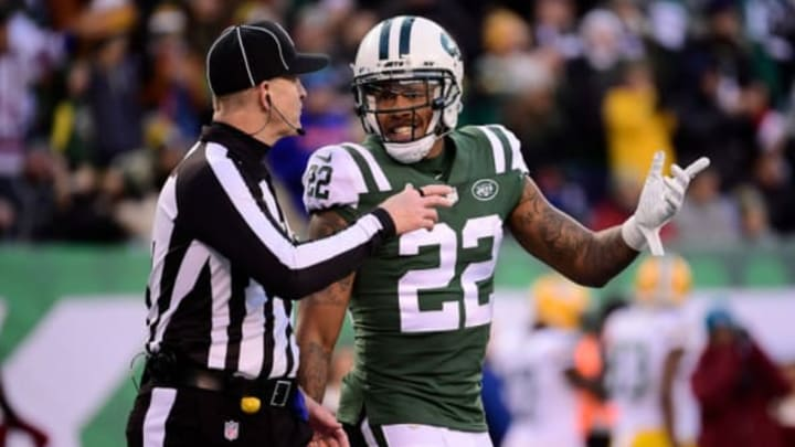 EAST RUTHERFORD, NJ – DECEMBER 23: Trumaine Johnson #22 of the New York Jets talks with field judge Doug Rosenbaum #67 in the fourth quarter at MetLife Stadium on December 23, 2018 in East Rutherford, New Jersey. (Photo by Steven Ryan/Getty Images)