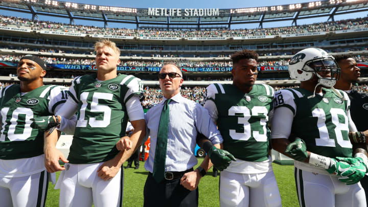 EAST RUTHERFORD, NJ – SEPTEMBER 24: Jermaine Kearse #10, Josh McCown #15, Jamal Adams #33, ArDarius Stewart #18 and Christopher Johnson CEO of the New York Jets stand in unison with his team during the National Anthem prior to an NFL game against the Miami Dolphins at MetLife Stadium on September 24, 2017 in East Rutherford, New Jersey. (Photo by Al Bello/Getty Images)