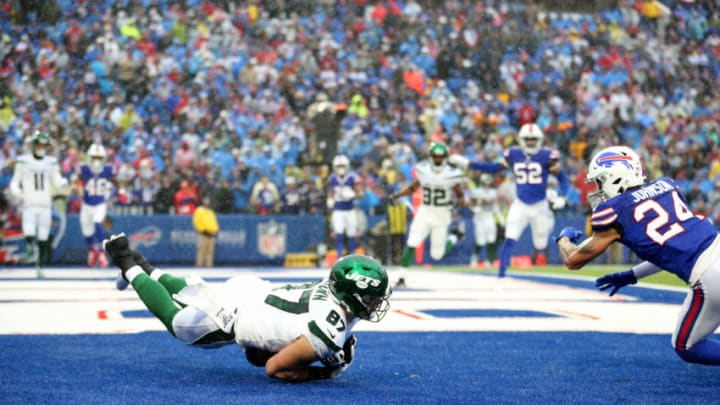 ORCHARD PARK, NEW YORK - DECEMBER 29: Daniel Brown #87 of the New York Jets drops a pass in the end zone during the second quarter of an NFL game at New Era Field on December 29, 2019 in Orchard Park, New York. (Photo by Bryan M. Bennett/Getty Images)