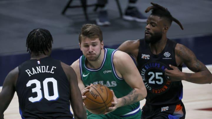 Dallas Mavericks Luka Doncic Reggie Bullock (Photo by Tom Pennington/Getty Images)