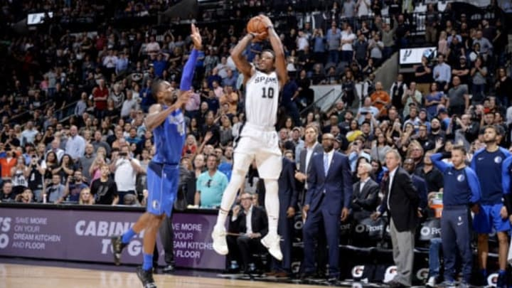 SAN ANTONIO, TX – OCTOBER 29: DeMar DeRozan #10 of the San Antonio Spurs shoots the ball against the Dallas Mavericks on October 29, 2018 at the AT&T Center in San Antonio, Texas. NOTE TO USER: User expressly acknowledges and agrees that, by downloading and or using this photograph, user is consenting to the terms and conditions of the Getty Images License Agreement. Mandatory Copyright Notice: Copyright 2018 NBAE (Photos by Mark Sobhani/NBAE via Getty Images)