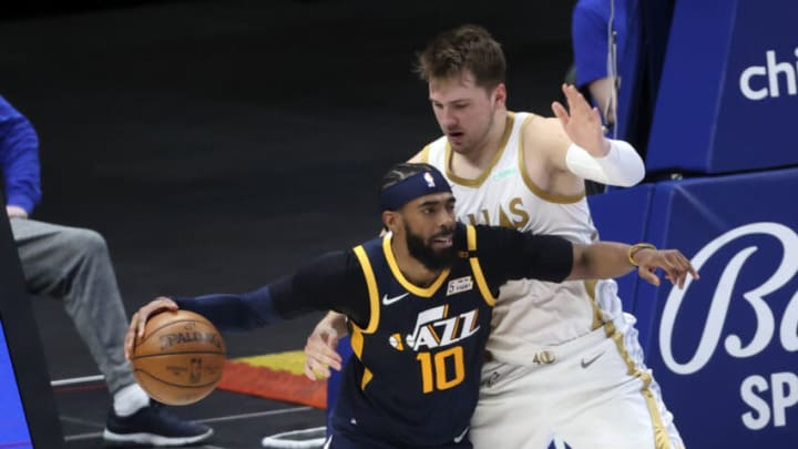 Dallas Mavericks Luka Doncic Mike Conley Mandatory Credit: Kevin Jairaj-USA TODAY Sports