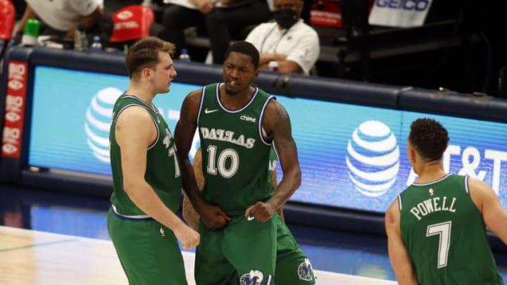 Dallas Mavericks Dorian Finney-Smith Luka Doncic Mandatory Credit: Tim Heitman-USA TODAY Sports