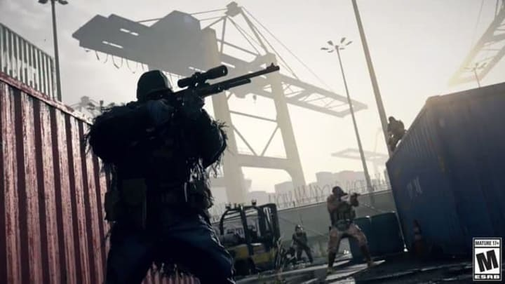 Shipment and Shoot House 24/7 were removed from the Modern Warfare multiplayer menus.